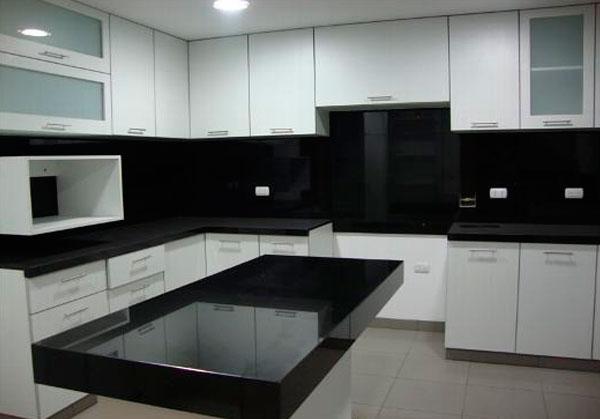 Cocina for Marmol negro para cocina